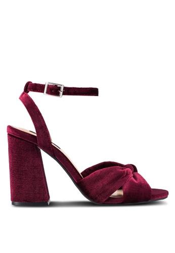 ZALORA 紅色 絲絨 交叉肩帶 高跟鞋 272AASH0A122D0GS_1