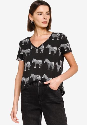 Desigual black TBokan T-Shirt EA054AA839A724GS_1