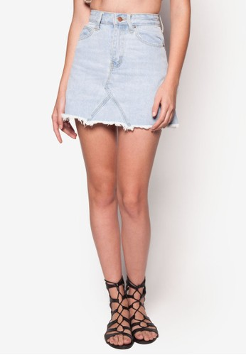 Frayed Edge Denim Mini Skirt、 服飾、 裙子SomethingBorrowedFrayedEdgeDenimMiniSkirt最新折價