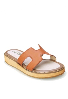2661ccdcc661 21% OFF Twenty Eight Shoes Leather Platform Flip Flops VS66610 HK  378.00  NOW HK  298.00 Available in several sizes