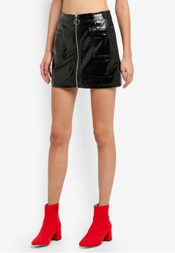 TOPSHOP black PETITE Cracked Vinyl Mini Skirt TO412AA0SLCKMY_1