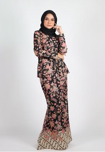 SARIMA KEBAYA from Coudre Kuala Lumpur in Black and Gold