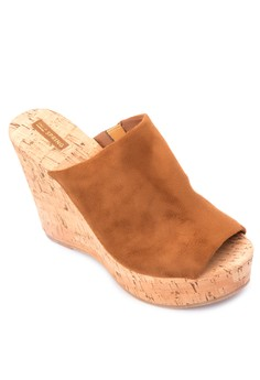 Fletchera Wedge Sandals