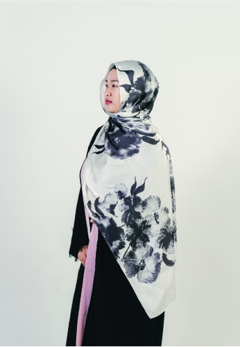 Khalifah by N black and grey and white Shawl Floral Monochrome Greyscale 7D72AAAC4B406CGS_1