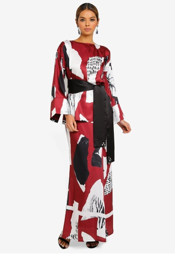 Ezzati Amira red Abstract Printed Kurung E5CDFAA4A668FAGS_1