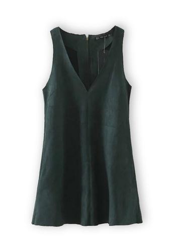 Sunnydaysweety green Green V-Neck Vest One Piece Dress K20042605 84FF7AAB334E98GS_1