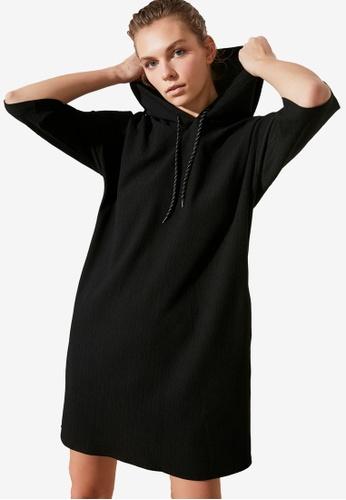 Trendyol black Hoodie Dress 643B6AA9F1FACBGS_1