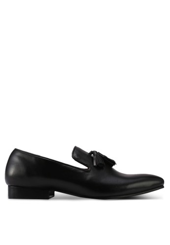 ACUTO black Leather Tassle Loafers AC283SH0SL6QMY_1