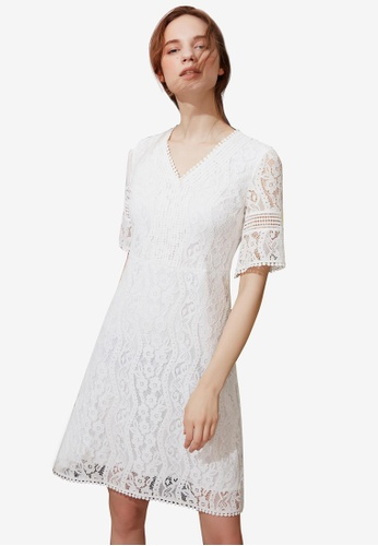 Hopeshow white V-Neck Flare Lace Dress DE693AAA8F5328GS_1