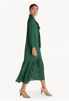 889340934447 Pomelo Tiered Maxi Dress - Green Rp 599.000. Tersedia beberapa ukuran