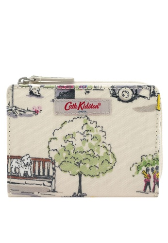 Cath Kidston white Billie Goes to Town Slim Pocket Purse AE784ACE959408GS_1