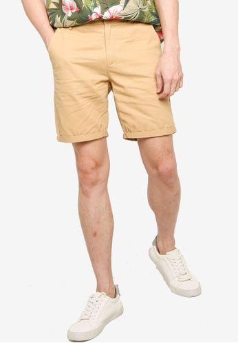 ZALORA BASICS beige Tailored Chino Shorts 0FD2AAA5839406GS_1