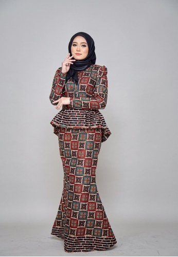 CHYARA 3.0 - Batik Peplum Sofea for Lady from ROSSA COLLECTIONS in black and blue and Beige