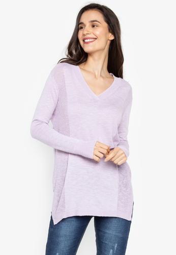608ea13d3e0 V-Neck Sweater
