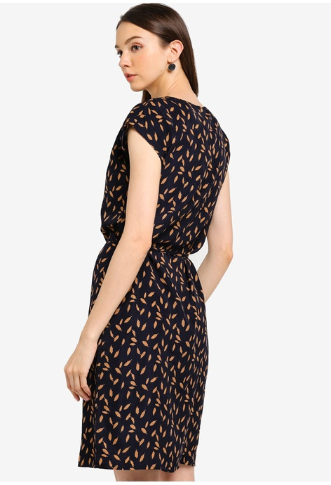83c480dbde Shop Clothes for Women Online on ZALORA Philippines