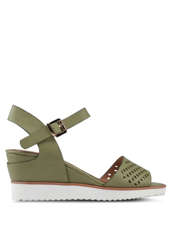BETSY 綠色 仿皮雕紋楔型涼鞋 09611SHAD0E0C2GS_1