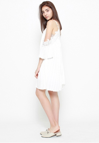 QLOTHE white Ingrid Loose Fit Lace Dress 381B5AA3619366GS_1