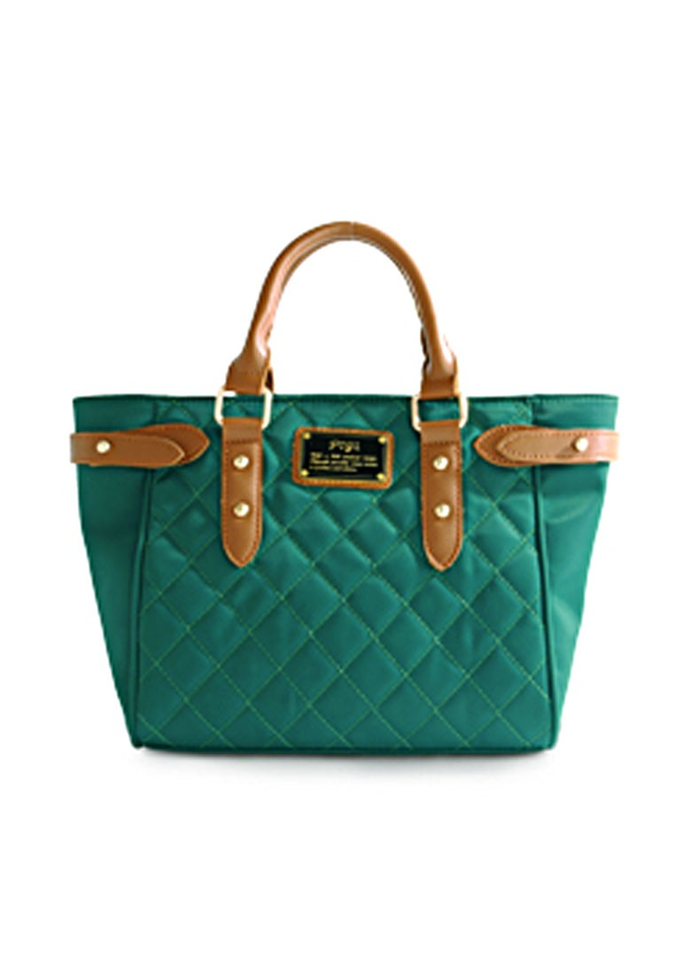 Quilted Classiness Trapeze Bag