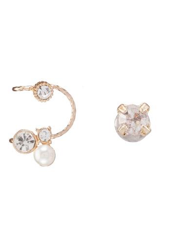 Red's Revenge gold Diamante Stud & Pearl Mini Cuff Earrings RE144AC0RRSWMY_1