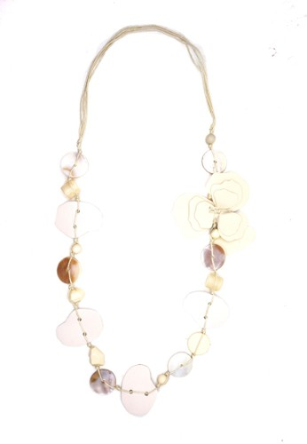 Istana Accessories white Kalung Abstract Bunga Putih 5A881ACE4AFBB7GS_1