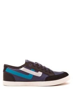 Freeman Sneakers