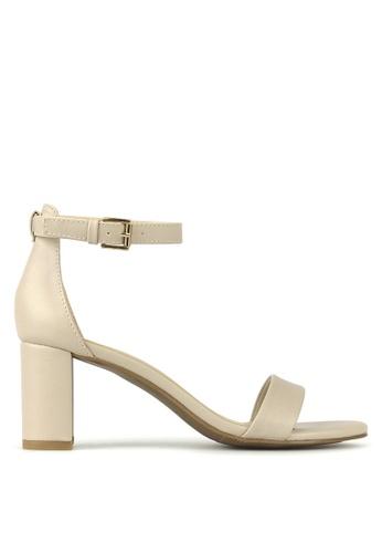Betts beige Seduce Low Block Heels AC8A7SH93922B9GS_1