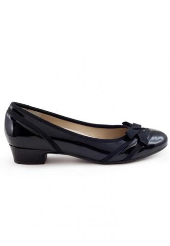 Shu Talk 黑色 漆皮圓頭蝴蝶低跟鞋 SH544SH099TXTW_1