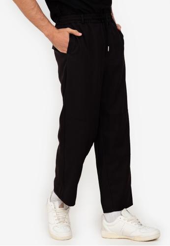 ZALORA BASICS black Drawstring Trousers 90662AADDBE0FAGS_1