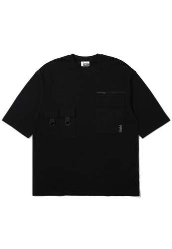 izzue black Multi-pocket tee 54DA6AA720DFA1GS_1