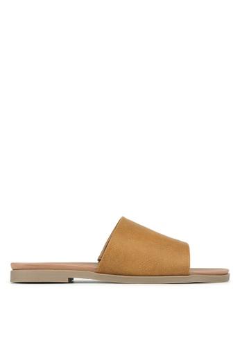 Betts brown Peanut Slip-On Sandals F2EBCSHB95704EGS_1