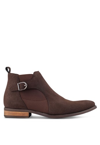 ZALORA brown Faux Leather Chelsea Boots With Side Buckle 24499AA23D7CE8GS_1