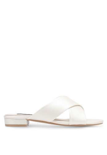 ZALORA white Cross Strap Sandals 1FC68SH2252446GS_1