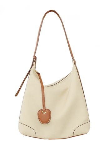 Twenty Eight Shoes white VANSA Simple Leather Crossbody Bag VBW-Hb8905 DBB53ACABA4A49GS_1