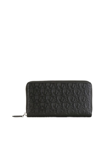 Givenchy black GIVENCHY EMBOSSED STAR WALLET 8EF98ACF4F5C61GS_1