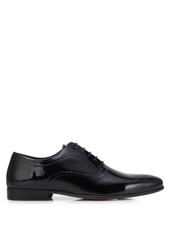 Topman black Black Patent Punched Toe Smart Shoes TO413SH0S7YNMY_1