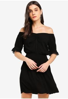 02f0673a9569 Miss Selfridge black Black Ruched Bardot Dress 6B539AA50A8B95GS 1