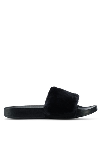 Carlton London black Furry Sliders B8C44SHABBC3F3GS_1