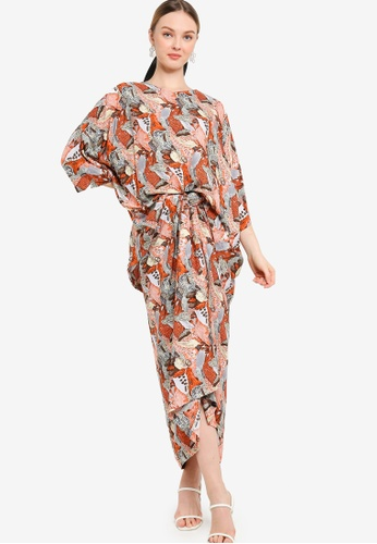 Lubna orange Oversized Printed Kurung C353AAA9576884GS_1