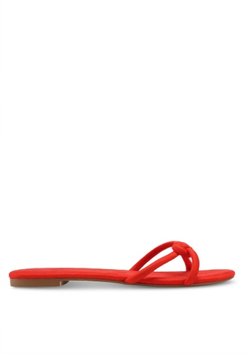 ZALORA 紅色 麂皮編織繞帶涼鞋 6E43ESH7D64D31GS_1