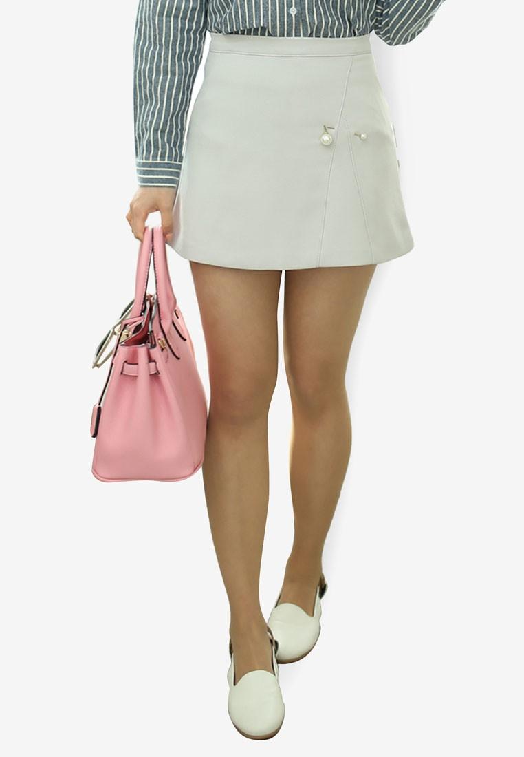 Pearly Mini Skirt in Grey