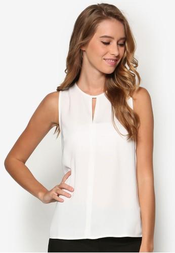 Collection V 形鏤空無袖T-shirt、 服飾、 上衣ZALORACollectionV形鏤空無袖上衣最新折價