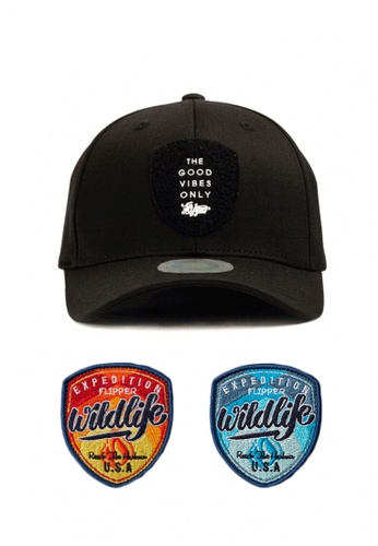 065dc2c5cc5 DOSSCAPS black and red and blue FLIPPER Shield Patch Baseball Cap I  DO290AC0SBVMMY 1