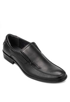 Bernardo Formal Shoes
