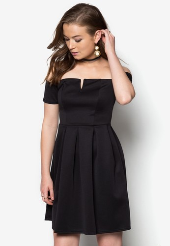 zalora 手錶 評價露肩褶藝洋裝, 服飾, 晚宴禮服