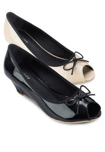 二入組Iris 蝴蝶結露趾漆面楔形鞋, zalora 折扣碼女鞋, 厚底楔形鞋