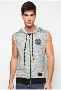 Zipon Cutoff Hoodie with Patch Satin Label on Neckline T-shirt