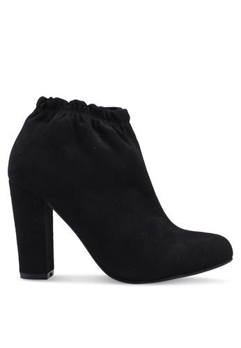 ZALORA 黑色 時尚粗跟踝靴 0F9E1SHCB0F28AGS_1