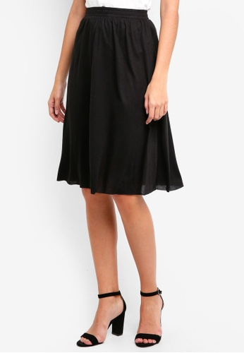 ZALORA BASICS black Basic Midi Flare Skirt 83073AA5DFAF57GS_1