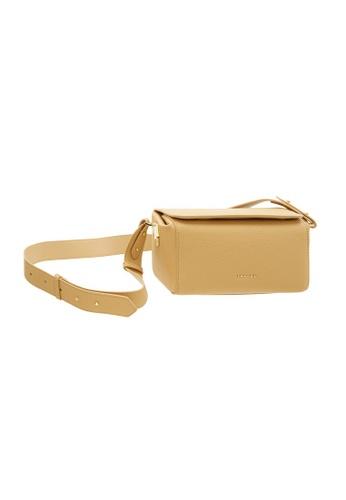 Tracey beige Tracey Cheery Box Crossbody Bag F04F7AC2A06060GS_1