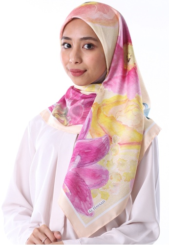 Al Hayaah Brunei yellow and multi Exclusive Blossom 86392AA583CCA9GS_1